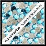 Rhinestones ss6 Aquamarine